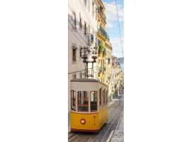adesivo per porta tram in lisbona