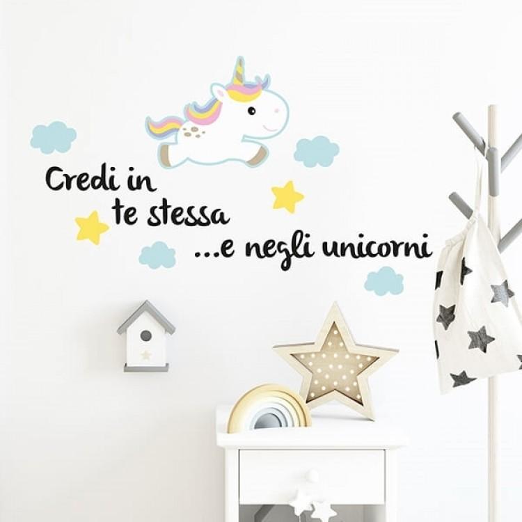 frase adesiva credi negli unicorni