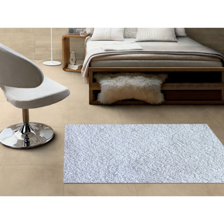 tappeto shaggy bianco